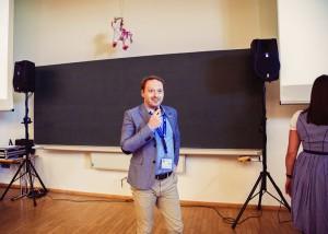 Florian Rappen vor dem BuFaK WiSo Plenum
